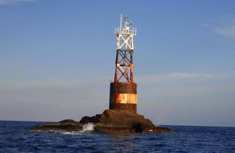 """พื้นที่คุ้มครองทรัพยากรทางทะเลและชายฝั่ง<br>""""เกาะโลซิน"""""""